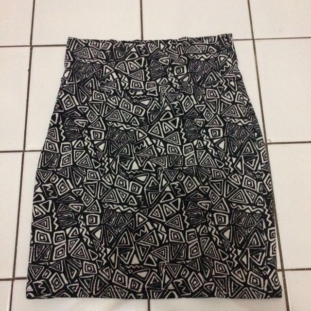 F21 tribal Skirt