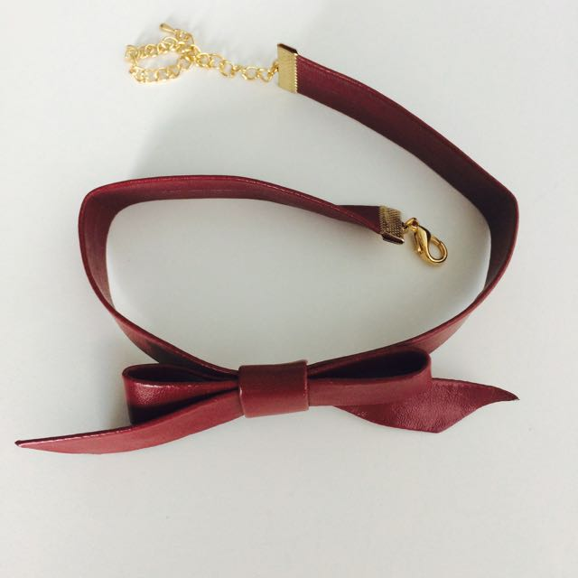 Faux Leather Bow Choker