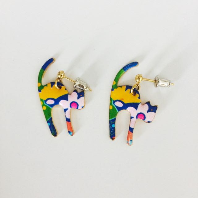 Floral Cat Earrings From Japan