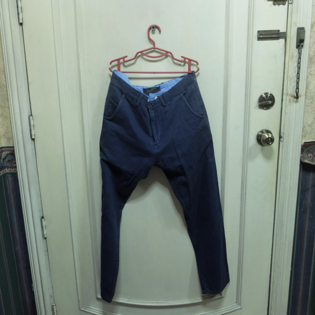 Folded N' Hung Black Slim-Fit Men's Chino Pants (Size 32)