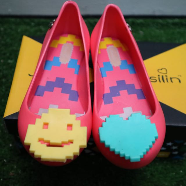 Girl Jelly Shoes Emoticon