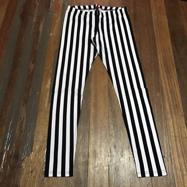H&M Black/White Striped Leggings US12