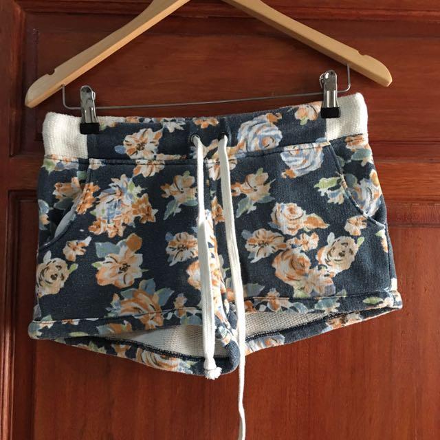 Hotpants Trainee