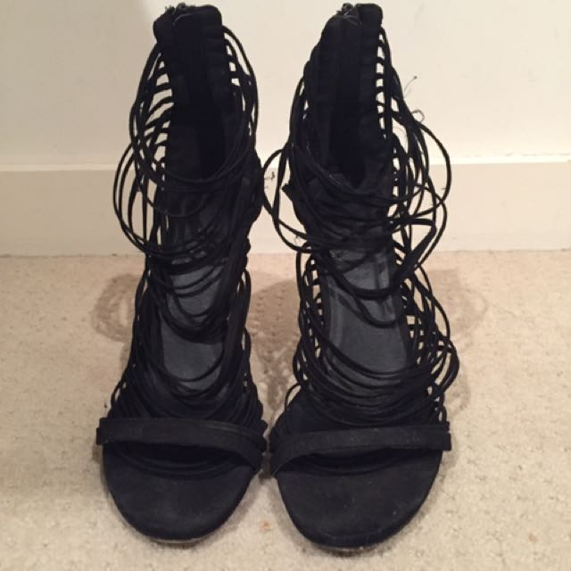 Lipstick Black Heels