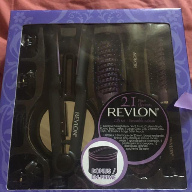 Revlon 21 Piece Hair Set (ceramic Straightener + Accesories)