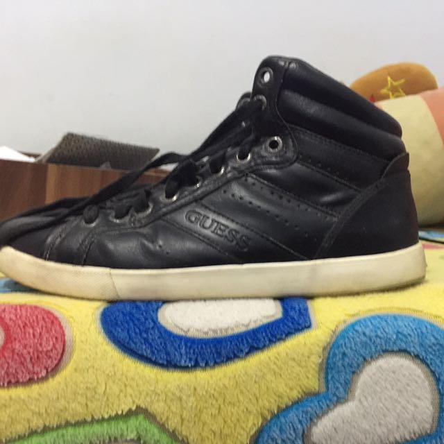 Sepatu Guess Pria a5d6ba36da
