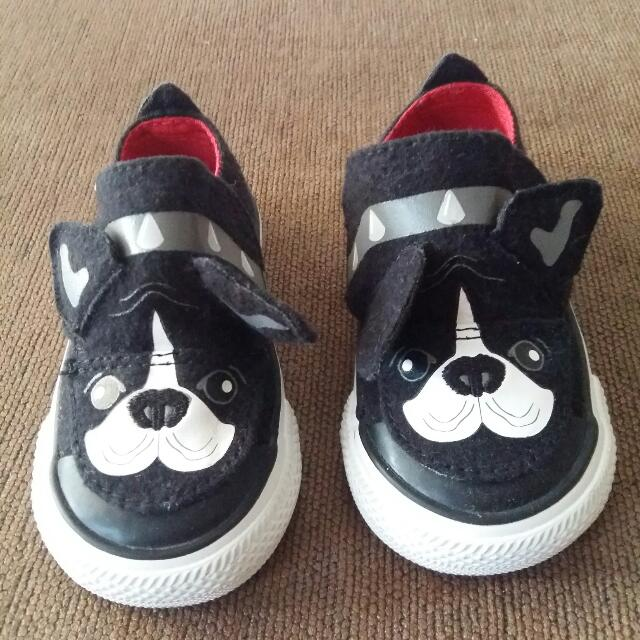 Sepatu Converse Limited Edition