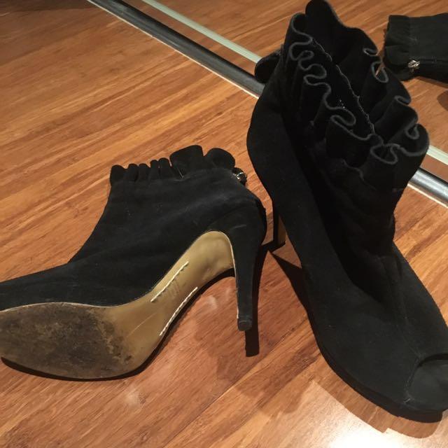 Siren ankle Boots Sz 8