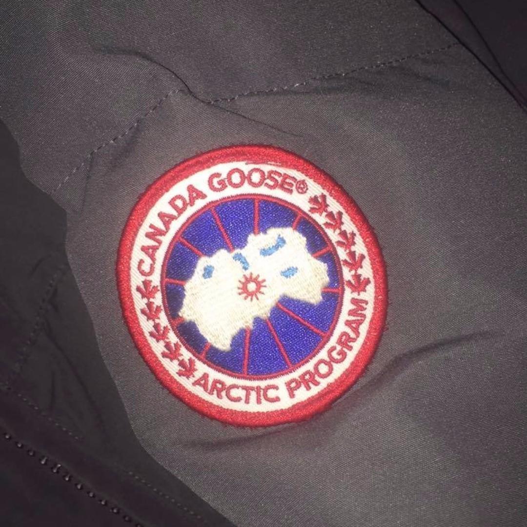 Canada Goose Solaris Parka in XXS graphie