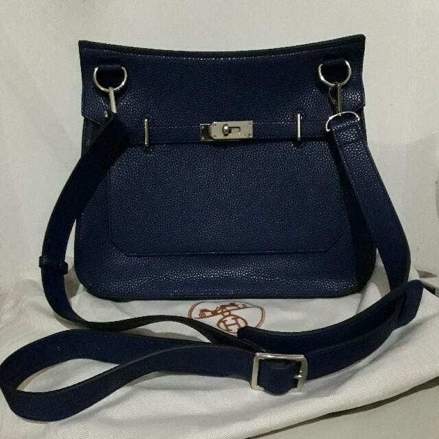 Tas Hermes Gipsy Slingbag Navy Blue Medium