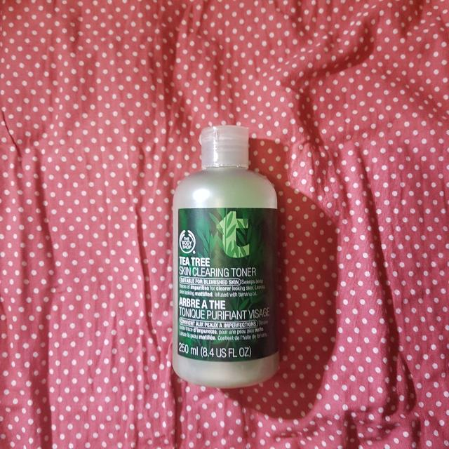 The Body Shop Tea Tree Skin Clearing Toner