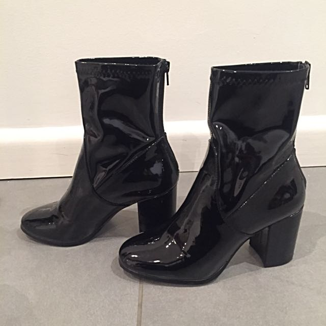 Therapy Hoxton Liquid Look boots Size 7