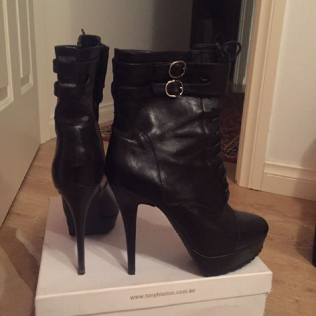 Tony Bianco New Unworn Boots Booties Ankle Size 10 9 Leather Black
