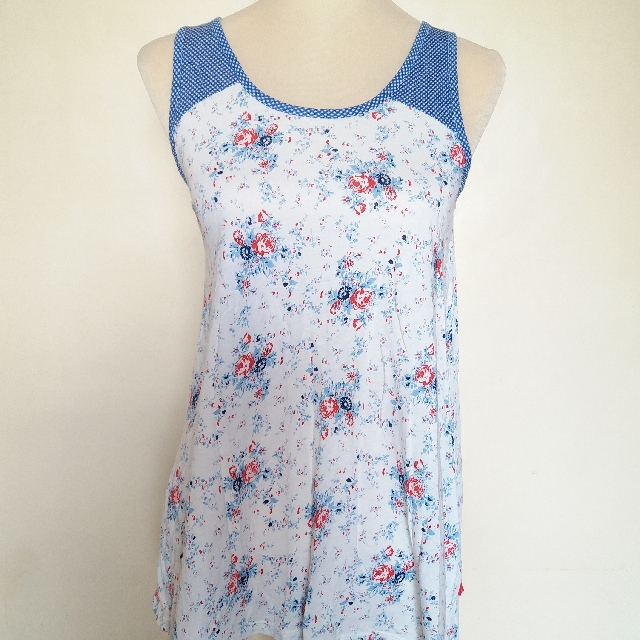 Uniqlo Sleeveless Shirt
