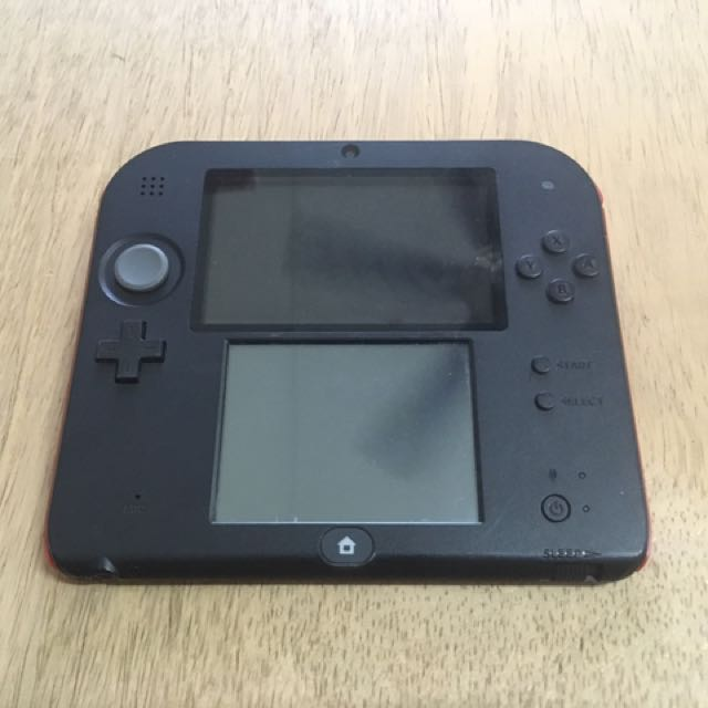 Used 2DS Red + games (modded)