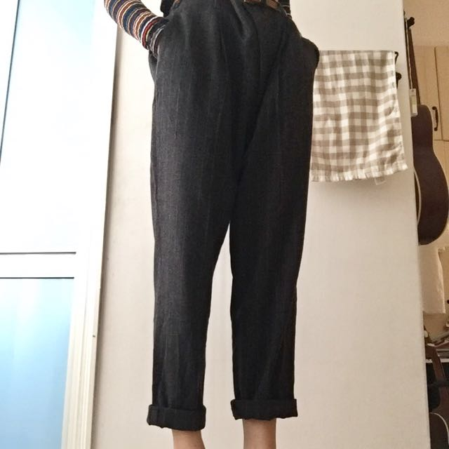 dc2b06c4 Zara relaxed fit pinstripe trousers, Women's Fashion, Clothes, Bottoms on  Carousell