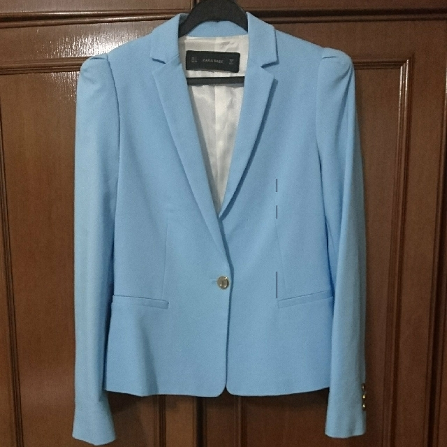 eb2f6038cec7 Brand New Zara Woman Suit Jacket / Blazer, Women's Fashion, Clothes,  Outerwear on Carousell