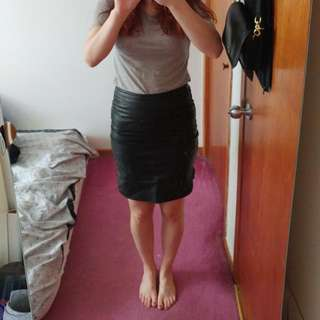 Danier Leather Perforated Skirt Sz4