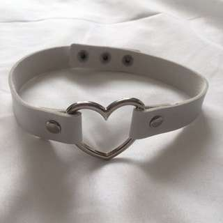 White Heart Choker