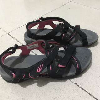 World Balance Sandals Black Pink 6