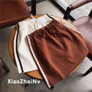 彈性休閒短裙/白