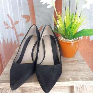 ZARA Basic Collection Size 39 + Diskon 21%