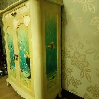 雅緻手繪多層格板,上小櫃桶鞋柜