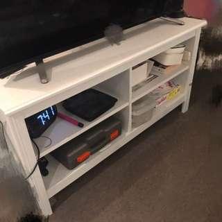 TV Bench white