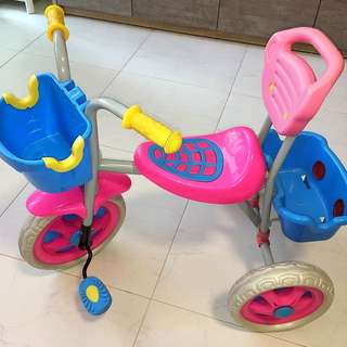 Toddlers' tricycle