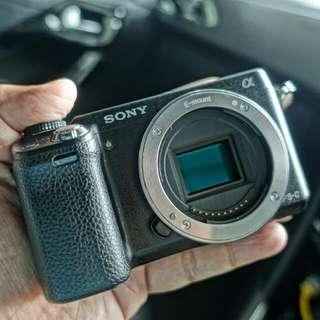 REDUCED! Sony Nex-6 Body Only