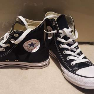 Converse Womens Sneakers Size8