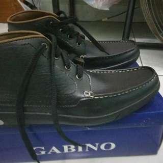 Dijual Sepatu Gabino Ukuran 40 masih Baru belum Dipakai bisa Dilihat sendiri