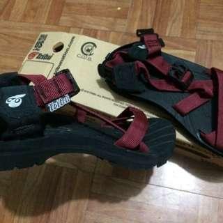 Tribu outdoor sandals