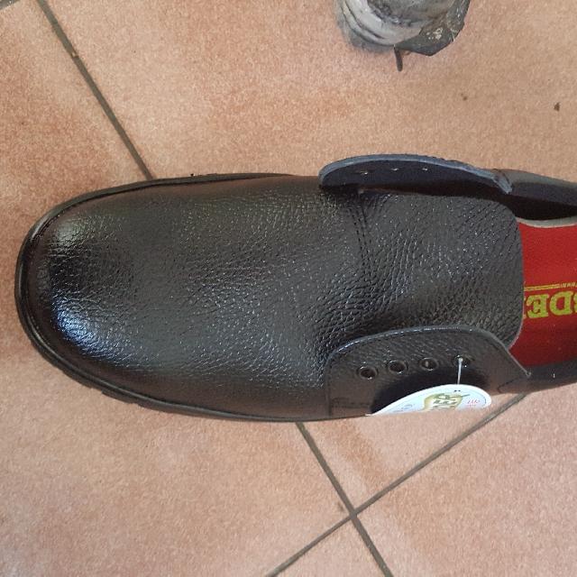 全新安全鞋