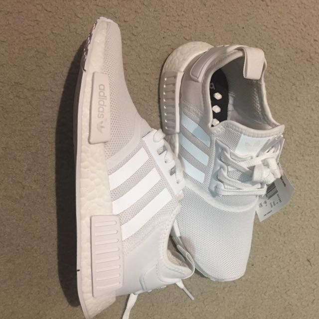 Adidas Triple White NMD R1 Size 6 1/2
