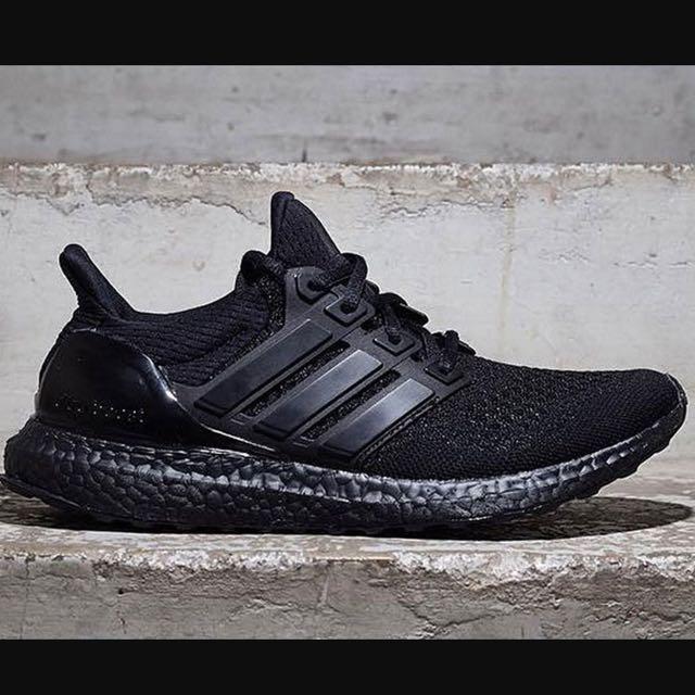 ultra boost 1.0 triple black
