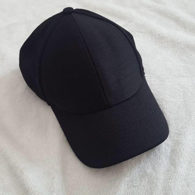 Aritzia Community Hat