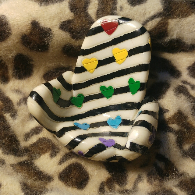 Rainbow Heart Cellphone Holder