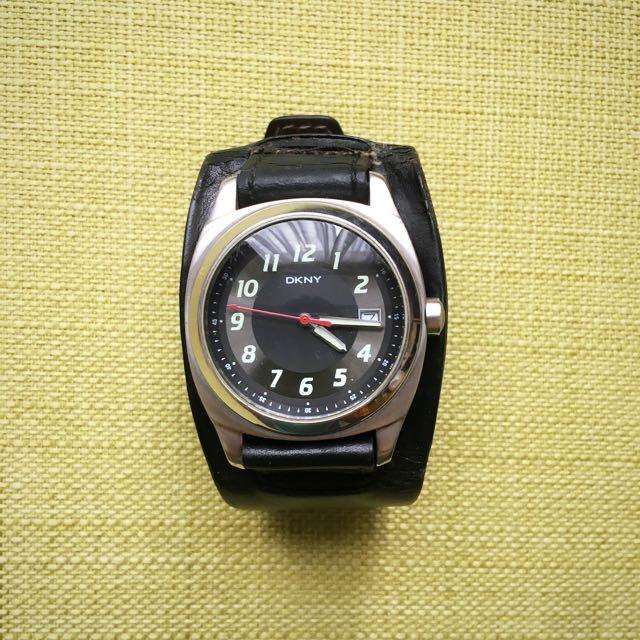 DKNY 手錶 生活防水