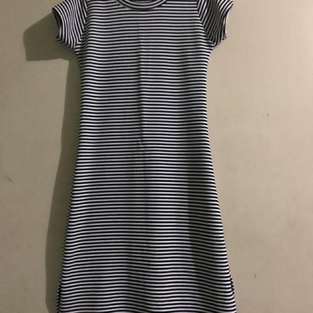 Dress Black & White Stripes W/ Slit In Both Sides