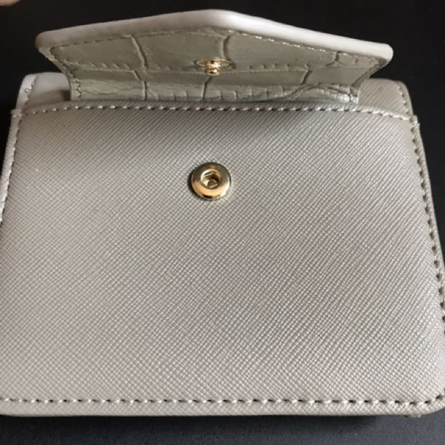 Guess Billfold Wallet