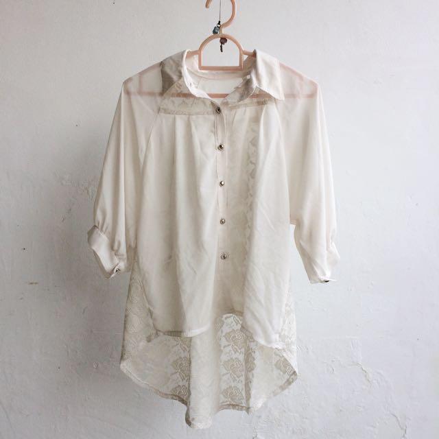 Kemeja Lace Putih