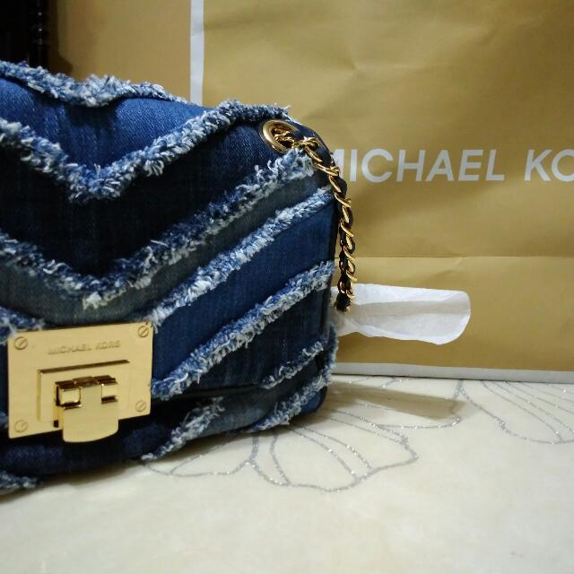 40f93880098a Michael Kors Vivianne Denim Handbag, Women's Fashion, Bags & Wallets ...