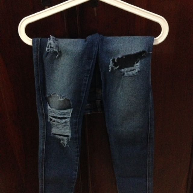Saviour Ripped Skinny Jeans