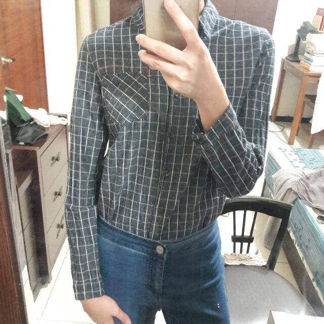 深藍色格子襯衫S號