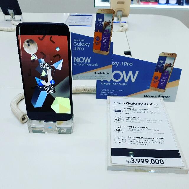 Samsung GALAXY J7 PRO hanya dengan Cicilan 434rb/bln 10x.