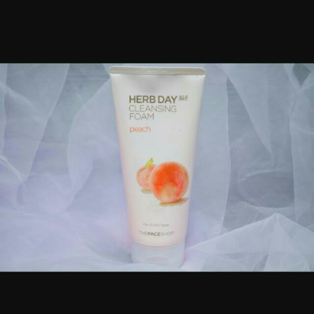The Face Shop -Herb Day Cleansing Foam Peach