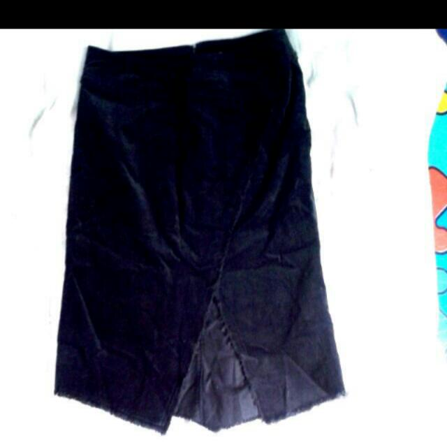 Trendy Skirt W/ V Cut Front