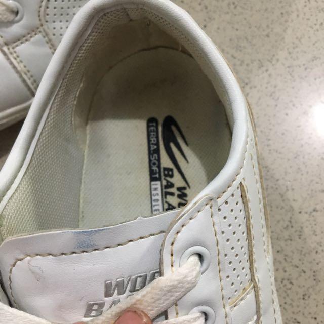 World Balance White Walking Shoes