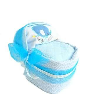 Baby Bassinet - Diaper Cake - Baby Shower - Baby Gift Basket
